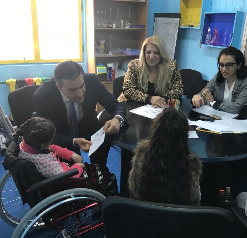 Մարդու իրավունքների պաշտպանը հանդիպել է «Լիարժեք կյանք» հասարակական կազմակերպության ներկայացուցիչներին