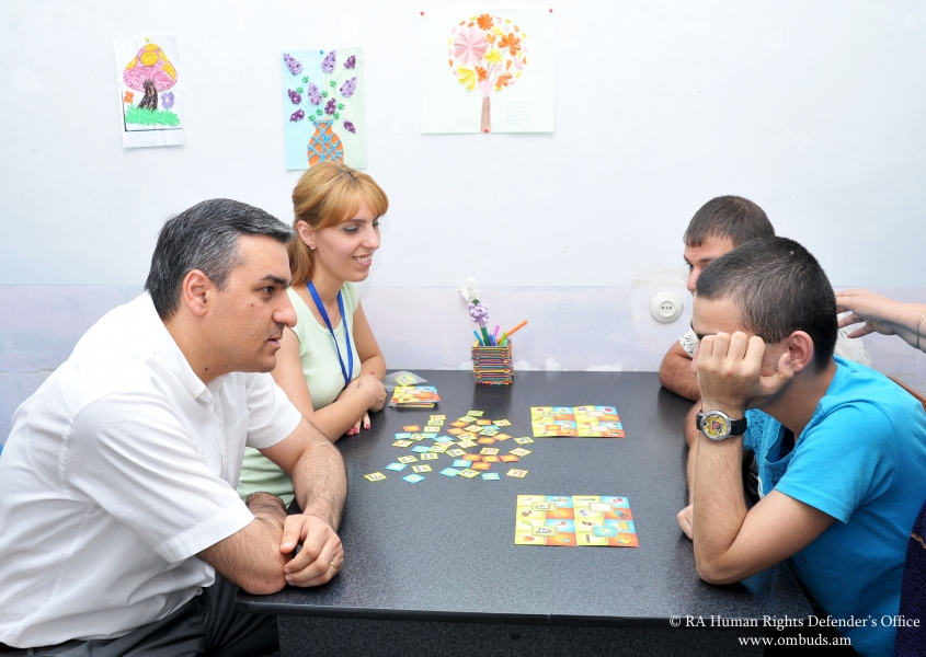 Պաշտպանն այց է իրականացրել «Փրկություն» հաշմանդամ երեխաների և երիտասարդների կենտրոն